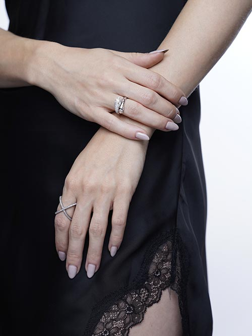 Jewelry retouching service-Zenone studio - highend jewelry retouching time b