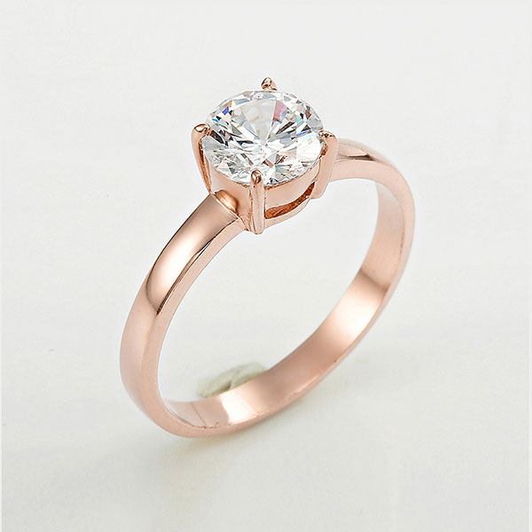 Jewelry retouching service-Zenone studio - changed jewelry color to rose gold color effect